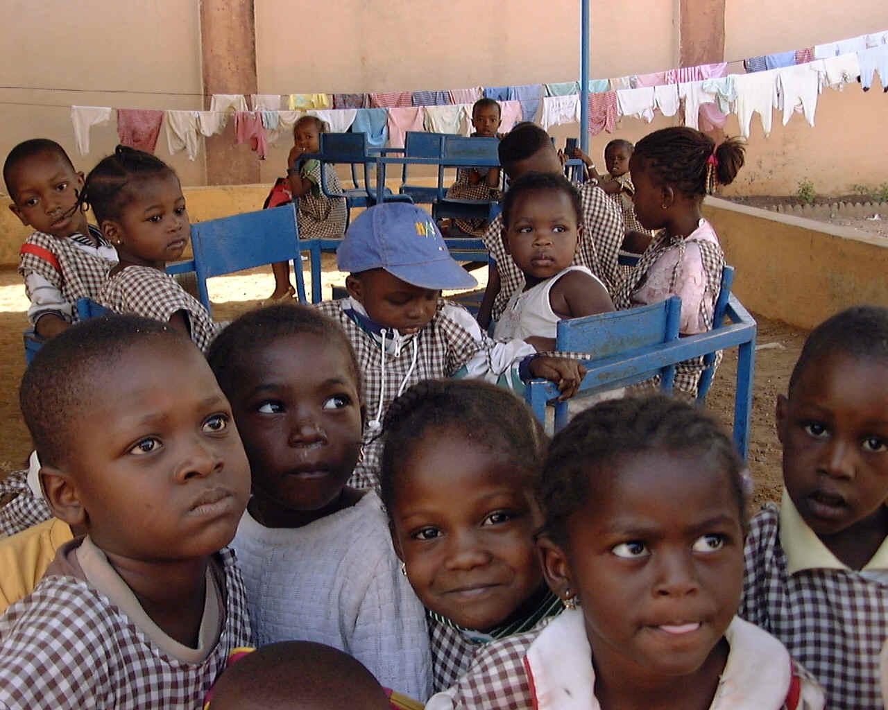 demisenya association des familles adoptives d enfants du mali les aider. Black Bedroom Furniture Sets. Home Design Ideas